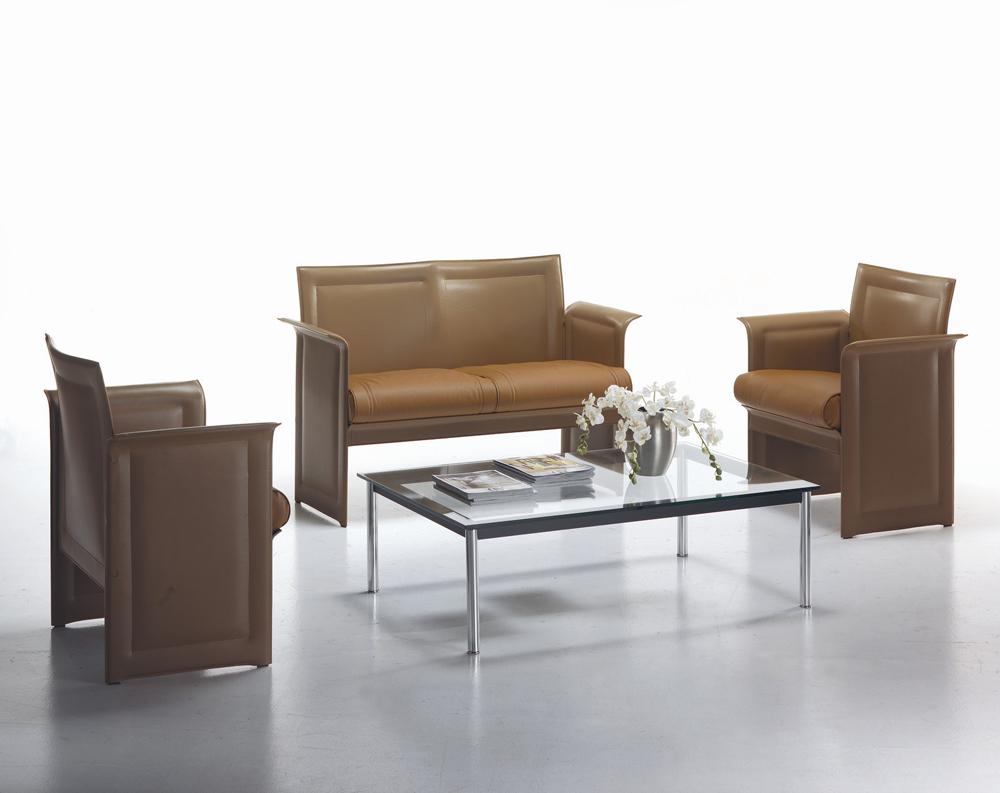 Petit fauteuils i grandi maestri del design for Grandi maestri del design