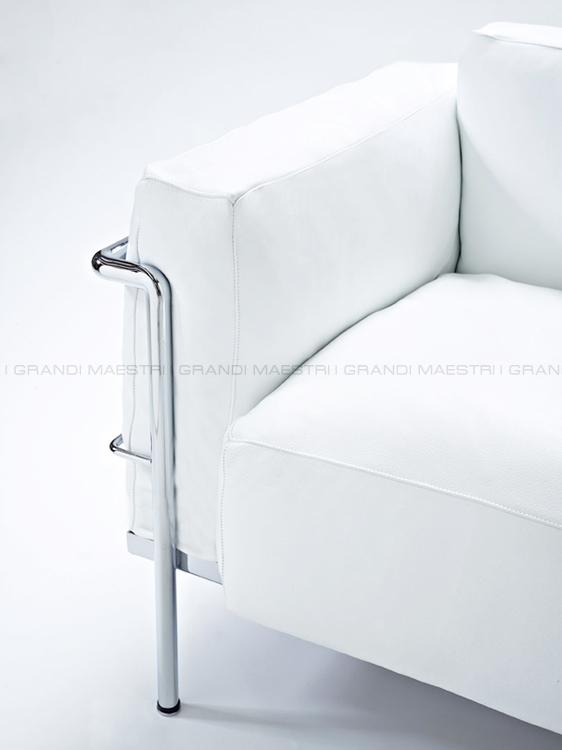 Divano Le Corbusier LC2 in pelle Grand Confort